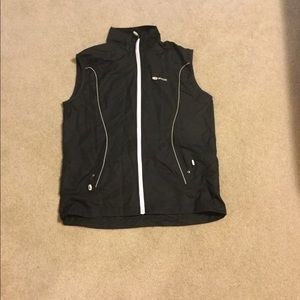 Sublime running or cycling vest with pocket